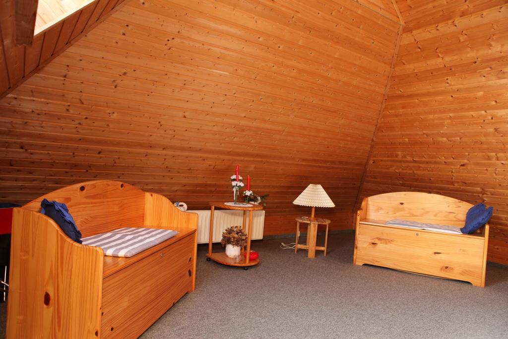 Schlafzimmer im Dachgeschoss 1