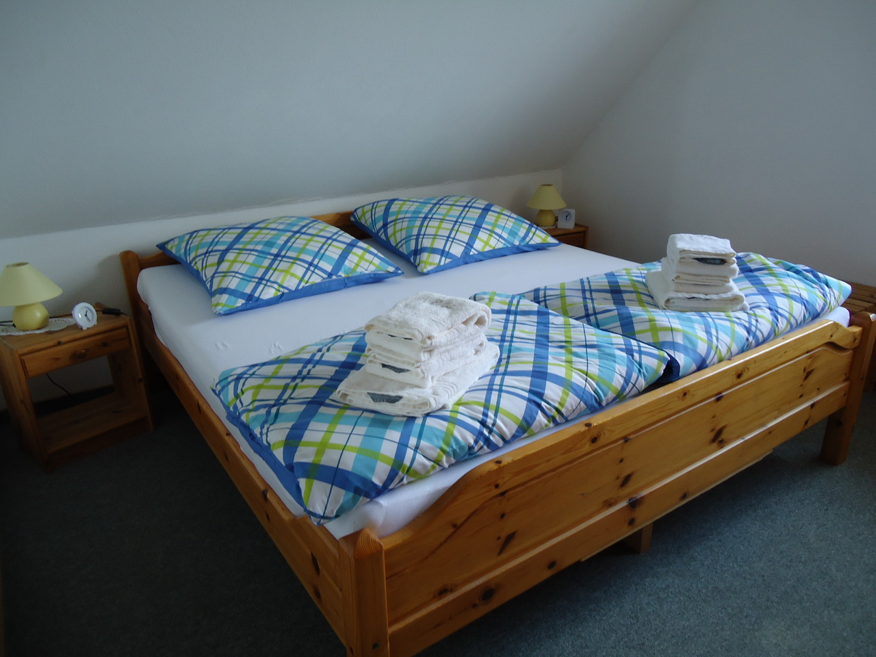 linkes Schlafzimmer